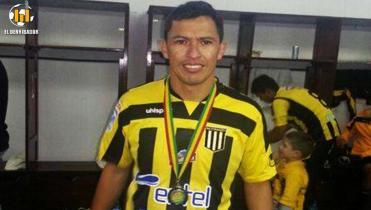 Enrique Parada, historia de Tri Campeón